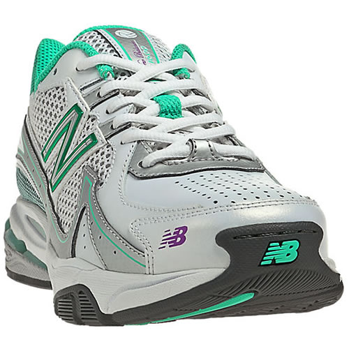 new balance 1600 netball trainers